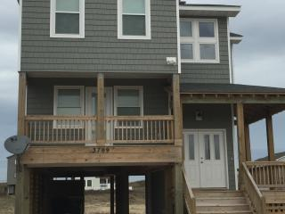 New in 2016! Amazing Ocean Views! Beach Closeby. WIFI. NO LINEN/CLEANING FEES - Kitty Hawk vacation rentals