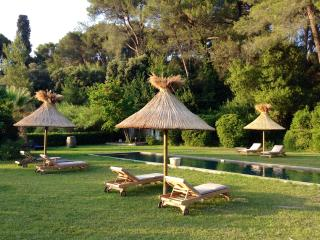 Gîte 6/8 maison des artistes - Tarascon vacation rentals