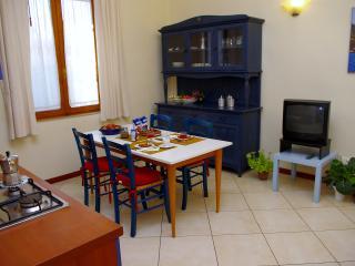 Libertà apartment (sleeps 2+1) - Florence vacation rentals