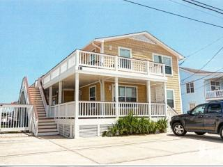 Lovely Cottage with Internet Access and Satellite Or Cable TV - Wrightsville Beach vacation rentals