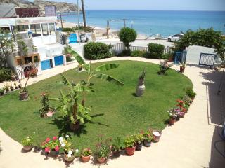 Apartment for 2, 30m from beach, sea/garden view - Stegna vacation rentals