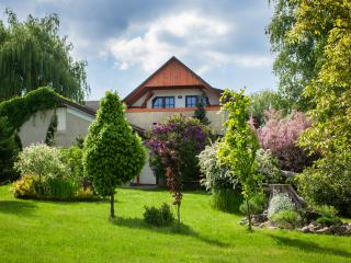 Nice 5 bedroom Farmhouse Barn in Horovice with Internet Access - Horovice vacation rentals