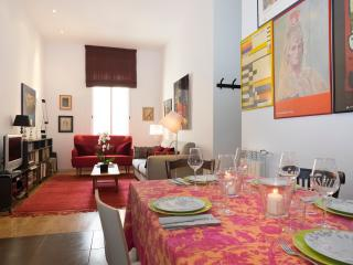 Modern and elegant apartment Plaza Colon - Madrid vacation rentals