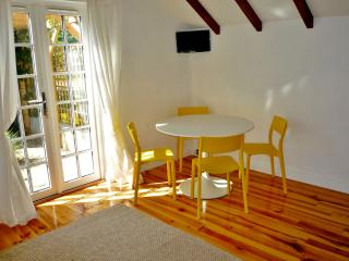 1 bedroom Cottage with Internet Access in Playden - Playden vacation rentals