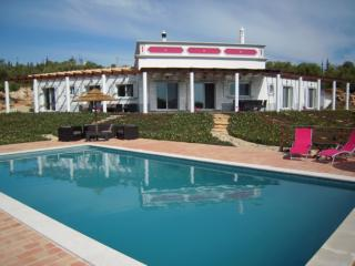 Wonderful villa in outstanding location. Book now! - Moncarapacho vacation rentals