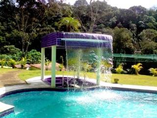 Nice Cottage with Game Room and Balcony - Juquitiba vacation rentals