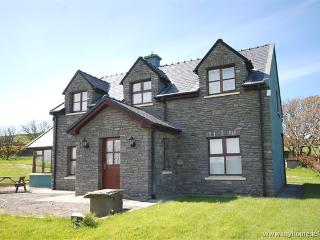 Bright 4 bedroom House in Crookhaven - Crookhaven vacation rentals