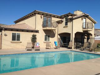 4400 sqft,  6Bd, 4 Ba, Jacuzzi, 34x18Pool, Slps 20 - Zion National Park vacation rentals