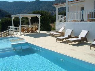 Luxury villa with panoramic views of Elounda bay. - Elounda vacation rentals