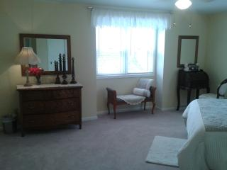 2 Bedrooms with Private, Full Bath for 4 People - Green Bay vacation rentals