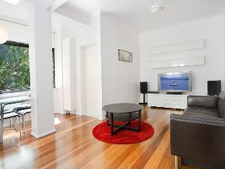 Beautifully Presented Apartment! - McMahons Point vacation rentals