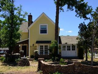 Charming 4 bedroom Williams House with Internet Access - Williams vacation rentals