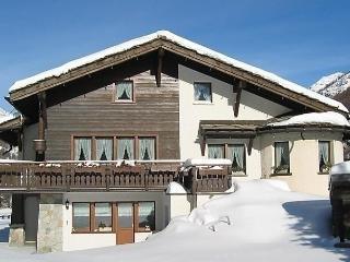 Chalet Sunstar, kleine Wohnung - Saas Grund vacation rentals