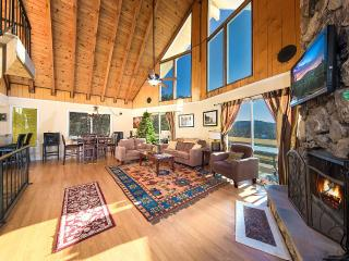 Stunning View*Beach Passes*Garage*Ping Pong*Xboxes - Lake Arrowhead vacation rentals