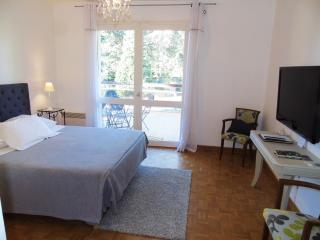 Cozy 2 bedroom Guest house in Chalon-sur-Saone - Chalon-sur-Saone vacation rentals