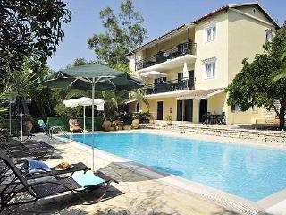 2 bedroom Condo with Balcony in Agios Stefanos - Agios Stefanos vacation rentals