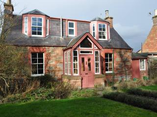 Hawthorn Cottage Newstead Nr Melrose (Lowland Lettings CO UK) - Melrose vacation rentals