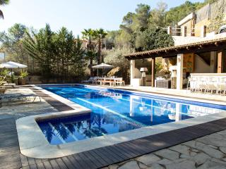Villa Palmera, Sitges, with up to 9 bedrooms - Sitges vacation rentals