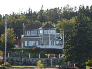 "ANCHORS GATE BED AND BREAKFAST -  ""Crows Nest"" - Peggy's Cove vacation rentals"