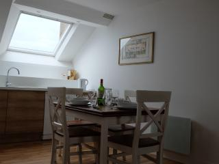 Melem - historic centre 2 bed, wonderful views - Vannes vacation rentals