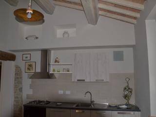 Romantic 1 bedroom Apartment in San Martino in Campo - San Martino in Campo vacation rentals