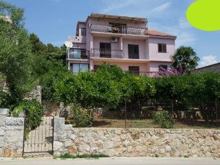 Stari Grad Holiday, Green apartment - Stari Grad vacation rentals