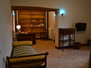 CASALPANTA ABITARELUMBRIA  - LAVANDA - San Martino in Campo vacation rentals