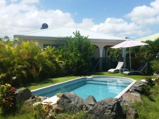 villa familliale du 13 juillet au 13 août - Lamentin vacation rentals