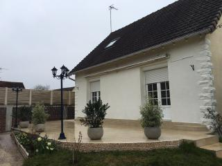 Cozy 3 bedroom Villa in Beauvais - Beauvais vacation rentals