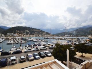 Darsena apt w/ views over the Port of Soller. - Port de Soller vacation rentals