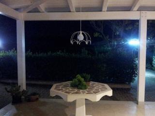 Villa Cercis - camere in affitto - Altamura vacation rentals