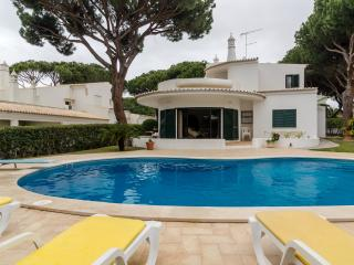 Villa Mimi, 5br with Private Pool, Vilamoura - Vilamoura vacation rentals