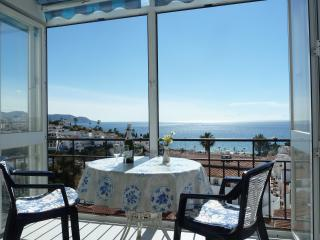 BEAUTIFUL SEA VIEWS!  Apt./Edific. Miami in Nerja - Nerja vacation rentals
