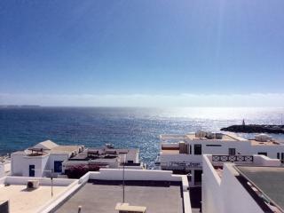 Stunning 2 Bed Apartment in Playa Blanca - La Goleta vacation rentals