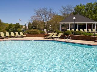 Historic Powhatan Resort: 4-BR, Sleeps 12, Kitchen - Williamsburg vacation rentals