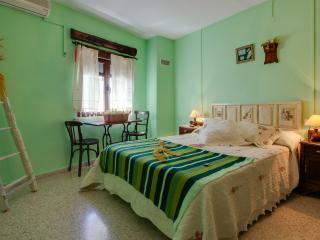 Casa Rural Abuela Maxi, en el norte de Cáceceres - Province of Caceres vacation rentals