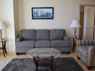 446 Corporate 2BR in West Glen!! - West Des Moines vacation rentals