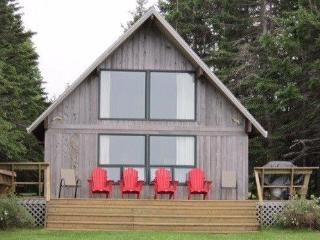 Brackley Bay Heights Martin Cottage - Brackley Beach vacation rentals