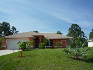 Comfortable 3 bedroom Lehigh Acres House with Internet Access - Lehigh Acres vacation rentals