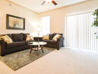 12208-Fabulous 2 Bedroom in Lenexa!! - Lenexa vacation rentals