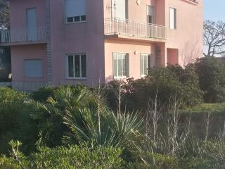 Nice Villa with Satellite Or Cable TV and Parking - Marausa vacation rentals