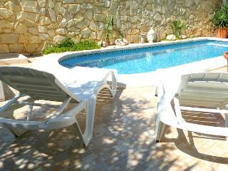 Holiday Villa with private pool & WIFI sleeps 7 - Villamartin vacation rentals