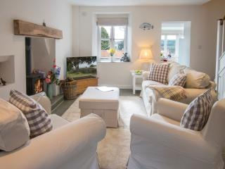 Lovely House with Television and DVD Player - Radstock vacation rentals