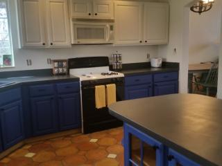 Spacious, Family Friendly Sactuary - Page vacation rentals
