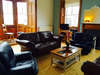 Constitution Street, Leith - Edinburgh vacation rentals