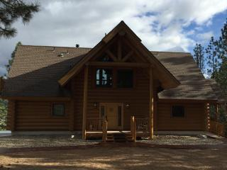 Private Mountain Retreat w/View & Hot Tub - Garden Valley vacation rentals