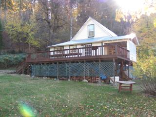 Perfect House with Balcony and Microwave - Lakehead vacation rentals