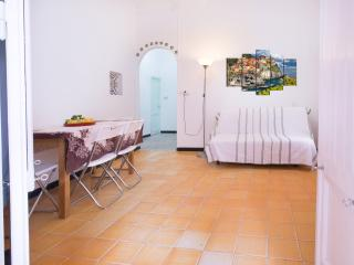 Romantic 1 bedroom House in Monterosso al Mare with Internet Access - Monterosso al Mare vacation rentals