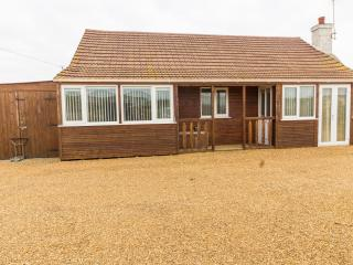 Lees Lodge at Hunstanton- large 3 bed Lodge dog friendly and by the beach. - Hunstanton vacation rentals