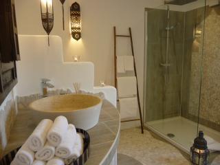Geschmackvolle Ferienwohnung 140qm, Sauna, HotTub - Grunberg vacation rentals